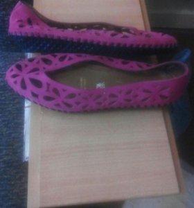 Туфли женские.