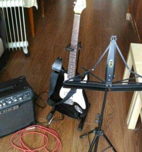Гитара Squier fender+комбоусилитель+аксессуары