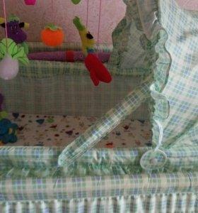 Кроватка детская с люлечкой