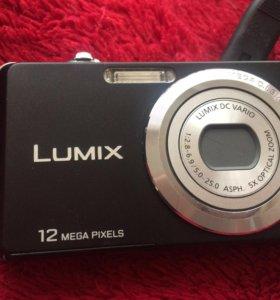 Продам фотоаппарат LUMIX 12mp
