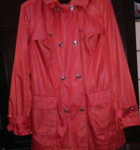 Куртки, ветровки
