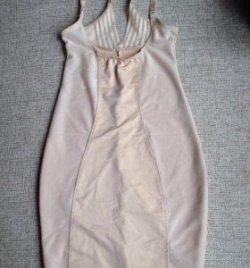Утягивающее платье новое M&S
