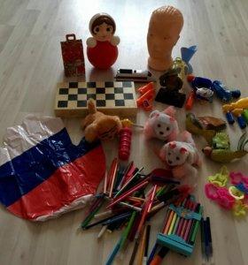 Все игрушки 250р