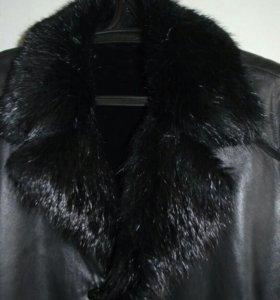Куртка кожаная с меховой подкладкой и воротником