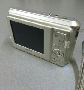 Цифровой фотоаппарат SONY DSC-S2000