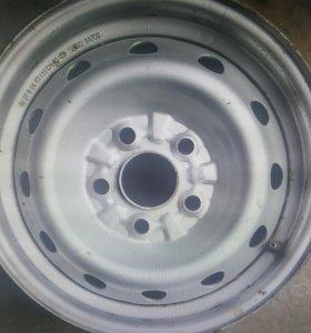 Диски грузовые б/у Hyundai Starex R15 5x120 4шт