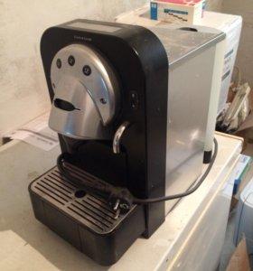 Кофемашина швейцарская Nespresso Gemini CS100