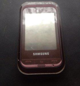 Телефон samsung с чехлом