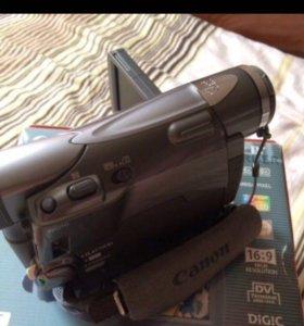 Видеокамера canon б/у