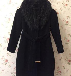 Пальто,размер 44