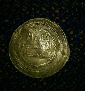 Монета Средневековый дирхам аль-Муттаки 940-945гг.