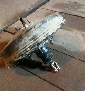 Вакуумный усилитель тормозов Mitsubishi Cedia