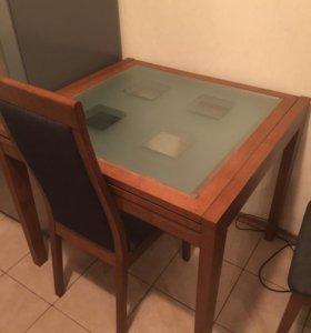 Обеденный стол и 2 стула