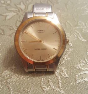 Часы Casio Quartz water resist