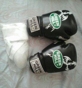 Боксерские перчатки,12 унций ( + ракушка )