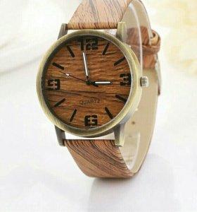 Новые часы стильные