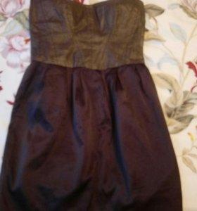 Платье фирмы Bershka