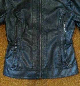 Продам куртку кожа