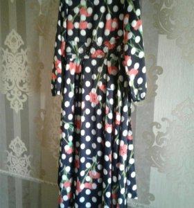 Платье шелковое 42 размер