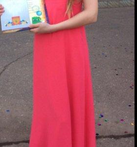 Платье на девочку 140-150 рост