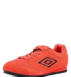 Новые кроссовки Umbro