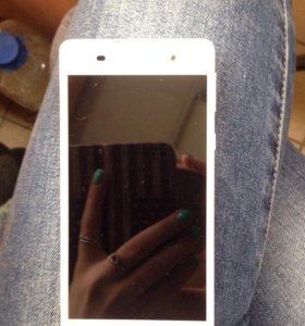 Sony Xperia E5 compact
