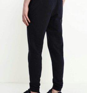 Новые спортивные брюки