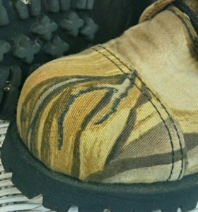 Ботинки английской марки Underground Shoes