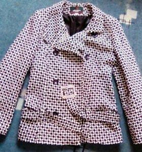 Полу пальто (курточка)