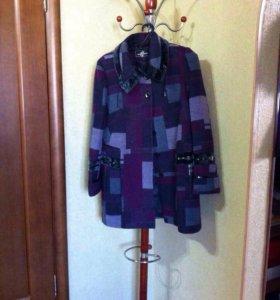 Женское пальто размер 50/52