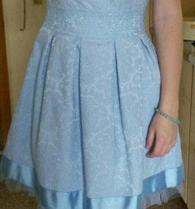 Платье нарядное на стройную девушку + подарок