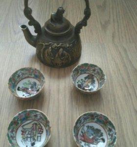 Красивый винтажный чайный набор: чайник + 4 пиалы