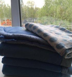 Бортики в кроватку и одеяльце