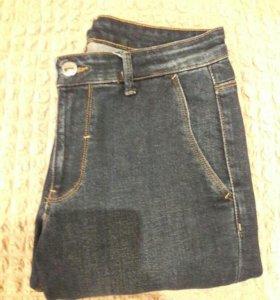 Классические джинсы Zara