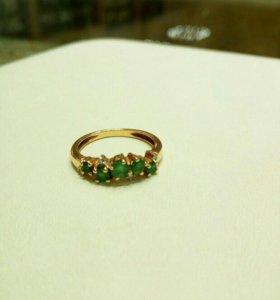 Кольцо 16,5 изумруд/бриллиант