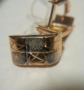 Оригинальные серьги из золота 585º