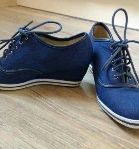 Джинсовые ботинки T.Taccardi