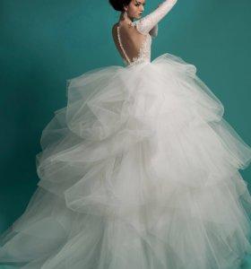 Свадебное платье (цвет айвори) торг уместен