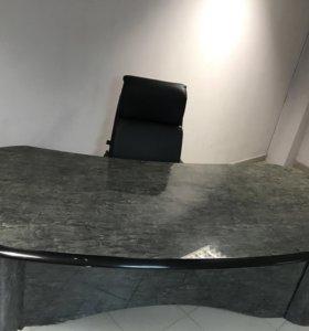 Оффисный стол