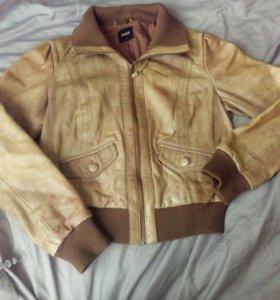 Кожаная куртка s размера