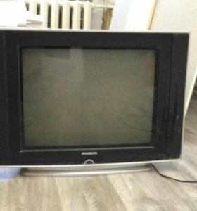 Телевизор Рубин в рабочем состоянии