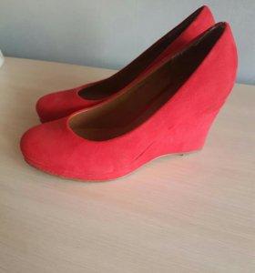 Туфли Jenifer красные