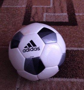 """Футбольный мяч """"Adidas"""""""
