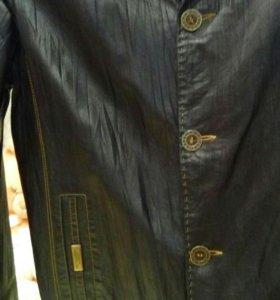 Курточка коженная, р50