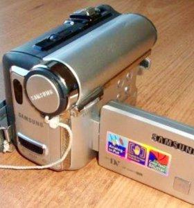 НОВАЯ!Видеокамера Samsung VP-D461i+чехол