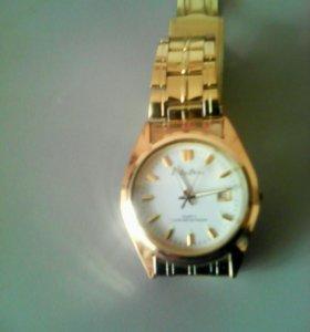 часы Philip Persio водостойкие,кварцевые,