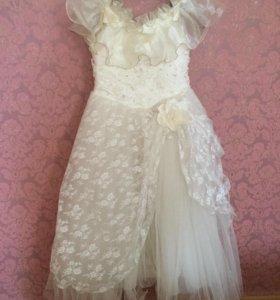 Платье , рост 140