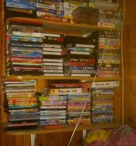 Видео  диски с мультиками+видео кассеты VHS