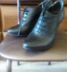 Туфли женские (ботильоны)