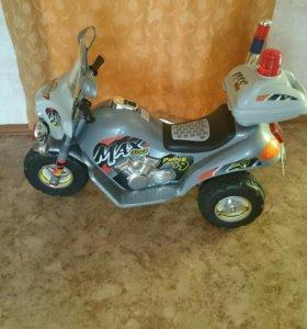 Аккумуляторный детский мотоцикл